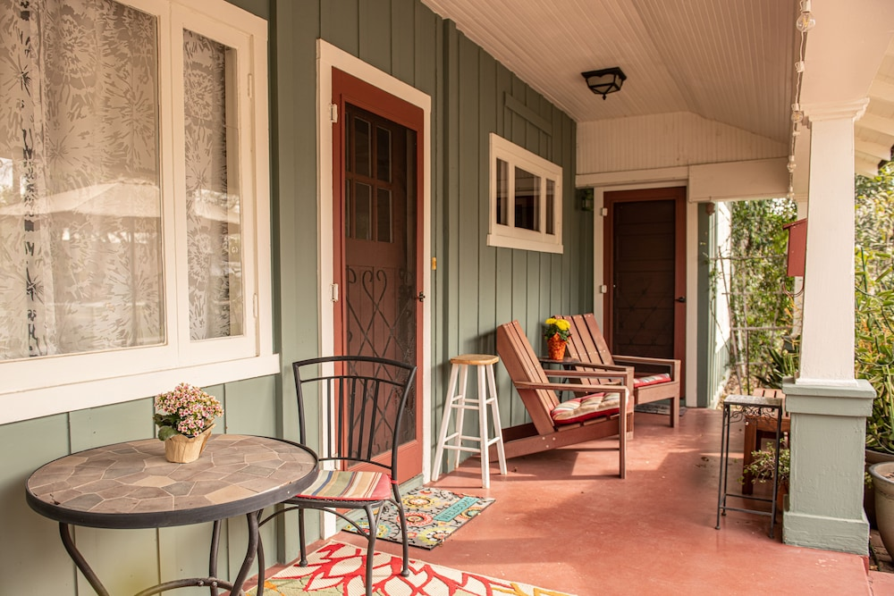 Charming Historic Bungalow In The Heart Of Downtown Mesa In Phoenix Hotel Rates Reviews On Orbitz
