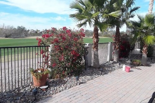 Peaceful Golf Course House / Home-active Adult Community