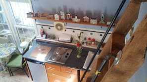 Microwave, stovetop, coffee/tea maker, toaster