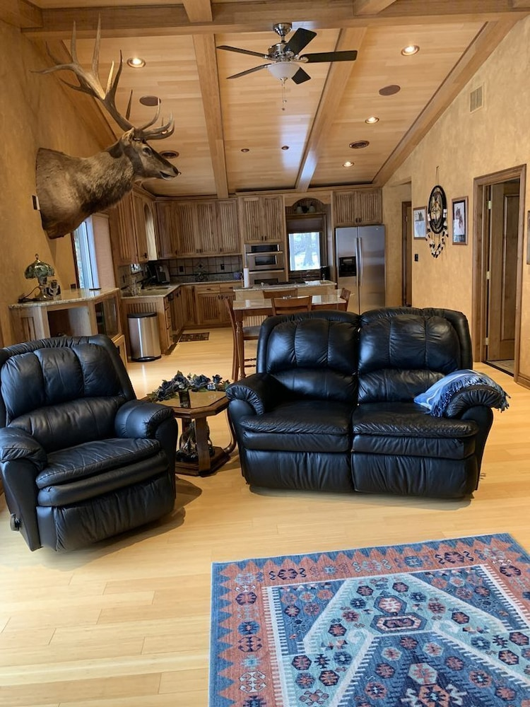 Living Room, Beautiful Lake View Property Nestled in the Pines 79 Miles North of Pittsburgh