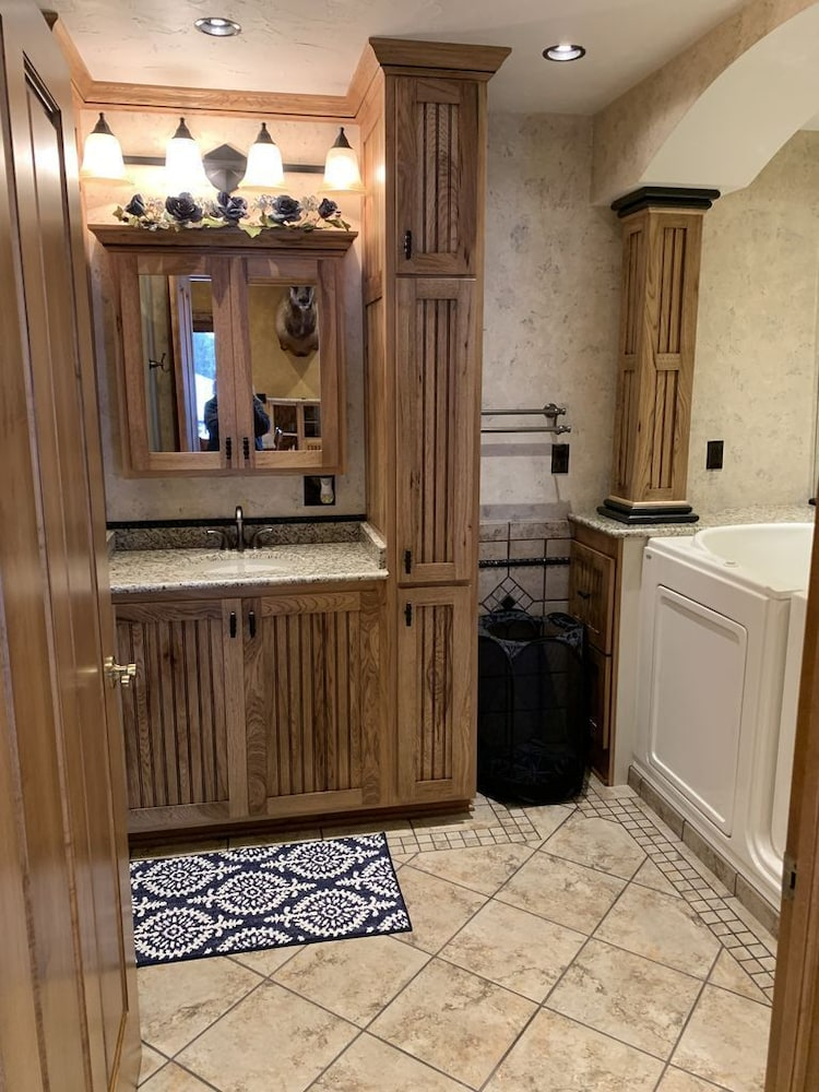 Bathroom, Beautiful Lake View Property Nestled in the Pines 79 Miles North of Pittsburgh
