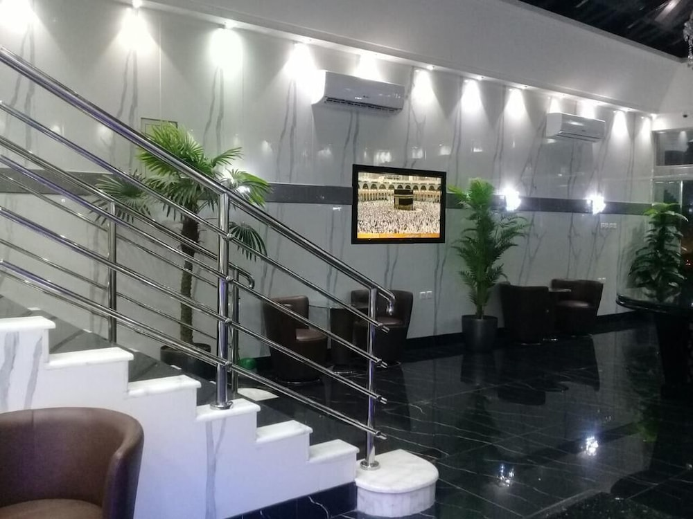 Lobby Sitting Area, Sudir Palace Hotel Units