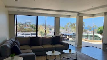Newly Remodeled two Bedroom Condo Overlooking Downtown!