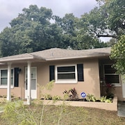 Mount Dora / Tavares Vacation Cottage. Daily, Weekly, and Monthly Discounts