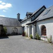 5 Bedroom Accommodation in Ballycullen, Mullinahone