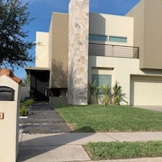Luxury Home in Mcallen/ Shary Area