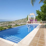 Villa With 4 Bedrooms in Llutxent, With Wonderful Mountain View, Private Pool, Terrace