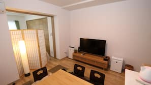 2 多间卧室、熨斗/熨衣板、WiFi、床单