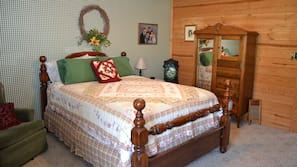 Iron/ironing board, rollaway beds, free WiFi, linens