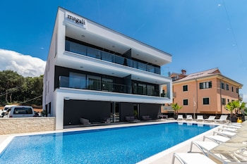 Luxury Apartments Magali 1