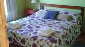 Premium bedding, down comforters, in-room safe, individually decorated