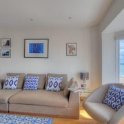 The Lobster - Two Bedroom Apartment, Sleeps 4