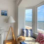 Starfish - Two Bedroom Apartment, Sleeps 4