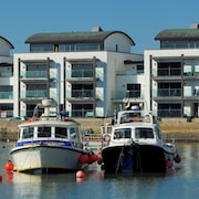 Harbour View - Two Bedroom House, Sleeps 4
