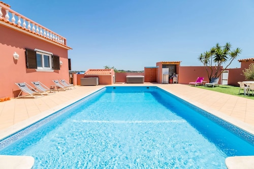 Villa With 9 Bedrooms in Pêra, With Wonderful sea View, Private Pool, Enclosed Garden - 800 m From the Beach