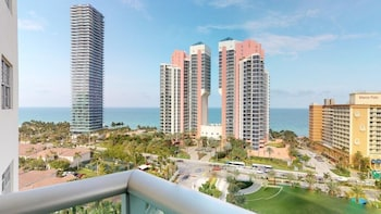 Luxury 2 Bedroom Ocean View - Or1427
