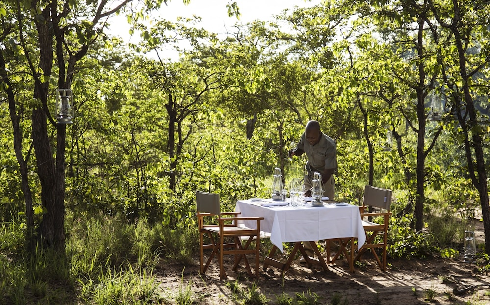 Outdoor Dining, Simbavati Trails Camp