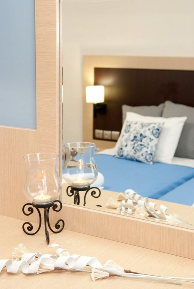 Room, Paradise Resort