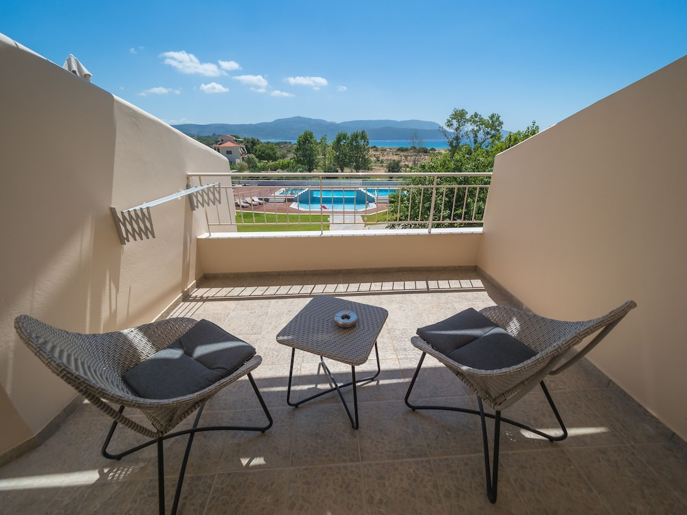 Balcony, Paradise Resort