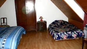 3 chambres, fer et planche à repasser