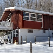 Vermont Pet Friendly Private Home Near Mount Snow