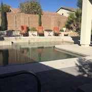 Your own Private Oasis Minutes Away From Spring Training, Football and Shopping