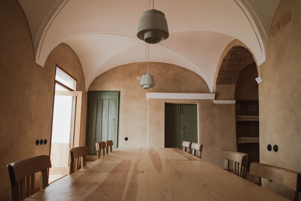 Private Kitchen, An 18th Century Villa With Renovated Spirit