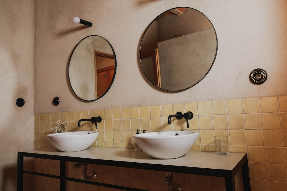 Bathroom, An 18th Century Villa With Renovated Spirit
