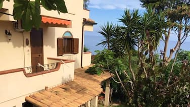 House With 2 Bedrooms in Provincia di Vibo Valentia, With Terrace and Wifi