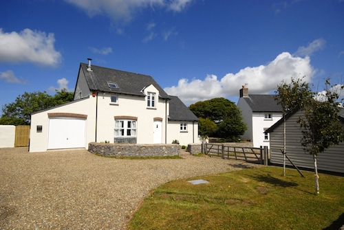 Ash Tree Cottage - Three Bedroom Cottage, Sleeps 6