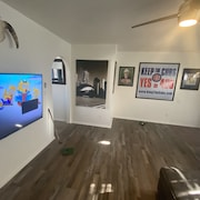 4br/2ba House Next to Cubs Park and Near ASU