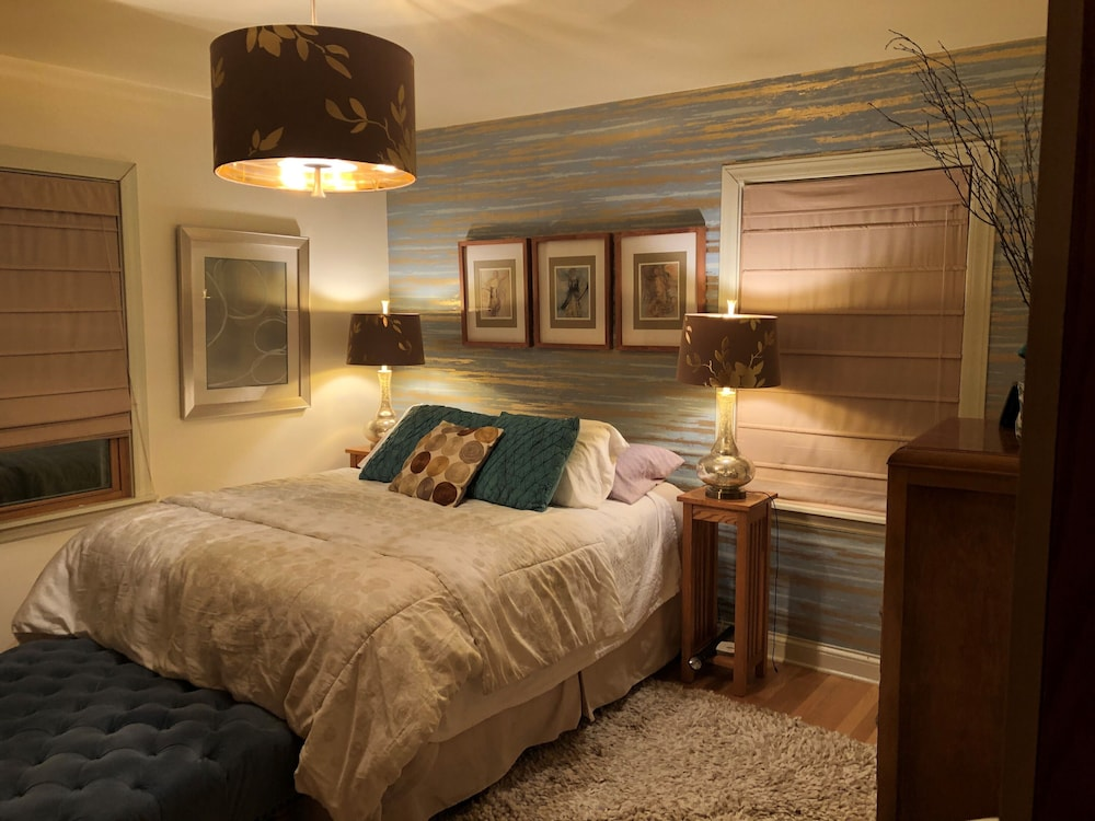 Garden Ranch Home By Lake Michigan And Grant Park In Milwaukee Hotel Rates Reviews On Orbitz