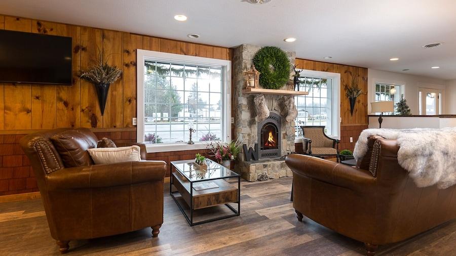 Woodland Inns