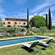 House With 3 Bedrooms in Roussillon, With Wonderful Mountain View, Pool Access, Enclosed Garden