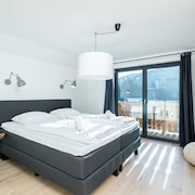 Luxurious Holiday Home With Jacuzzi in Wagrain Austria