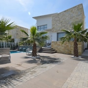 Lovely Villa in Ciudad Quesada With Private Pool