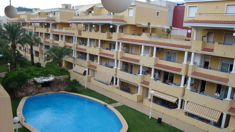 Fantastic Apartment in Denia With Roof Terrace and Garden