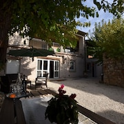 Ancient, Renovated Farmstead With Private, Equipped Garden. Only 3km From the Lake