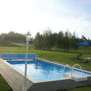 Huge Holiday Home in Lotharingen With Private Swimming Pool