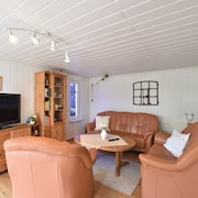 Lovely Bungalow in Hohenkirchen Germany by the Sea