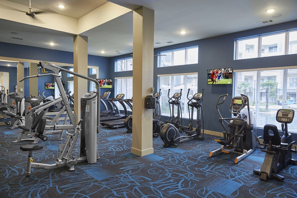 Fitness Facility, Downtown River Apartments by Barsala