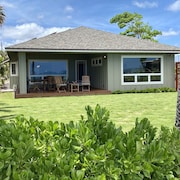 Brand New - Sandy Beachfront House! Work & Play in Paradise with great WiFi!