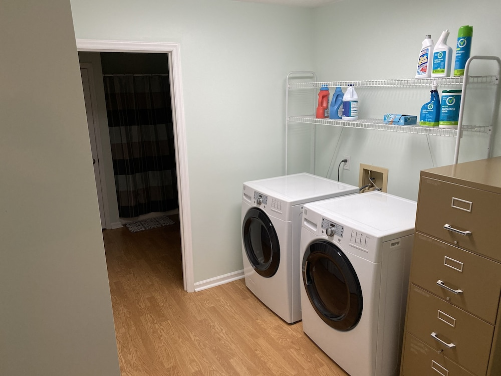 Laundry, Fully Furnished 3 BR 3 BA House to Escape the Hustle of the City