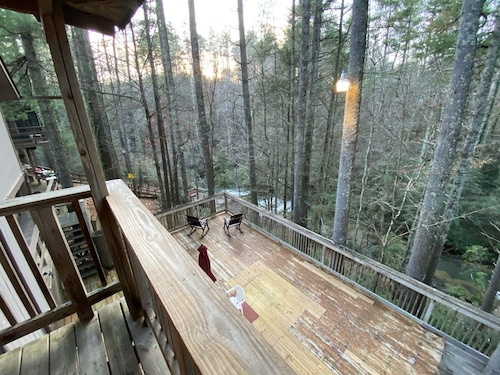 #7 - Balcony Suite - Waterfall Access - Near Tallulah Gorge