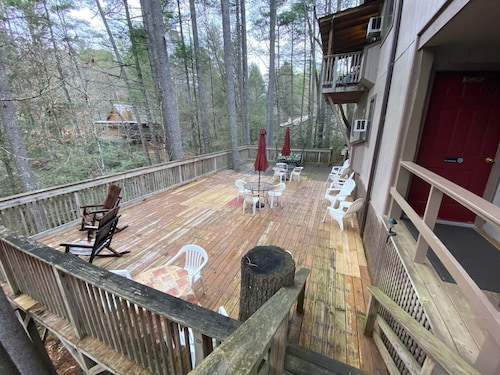 #8 - Family Suite - Waterfall Access - Near Tallulah Gorge