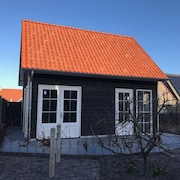 New Holiday Home on the Beach, Windkracht 11