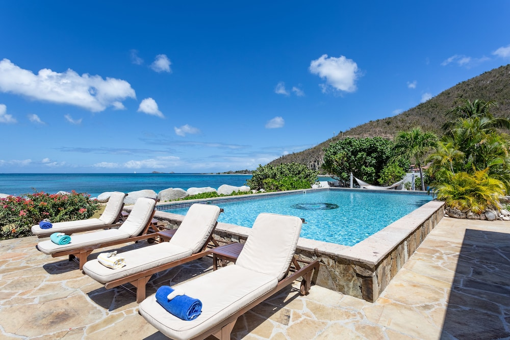 Pool, Sea Fans - 4 BR Beachfront Villa on Spectacular Mahoe Bay