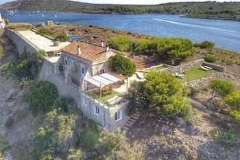 Villa With 4 Bedrooms in Fornells Menorca, With Wonderful sea View, Furnished Garden and Wifi - 100 m From the Beach