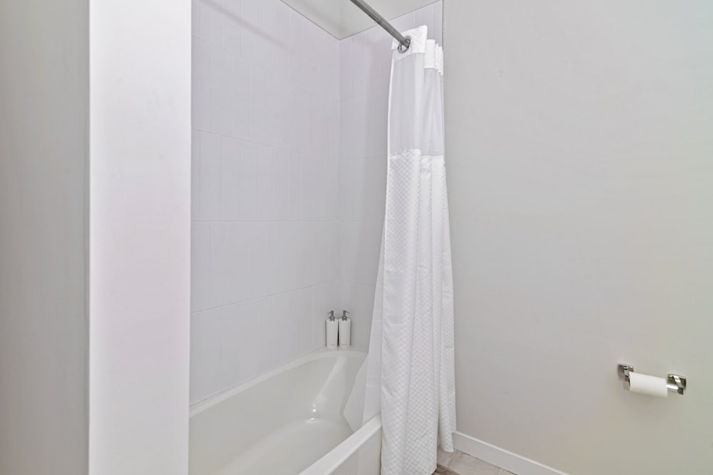 Bathroom, Award-winning Apt w/ Parking & Gym Downtown at Yale