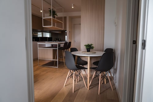 Deluxe Apartment in Ringwood, Victoria